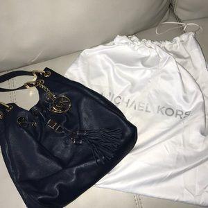 Micheal kors bag ..Never used